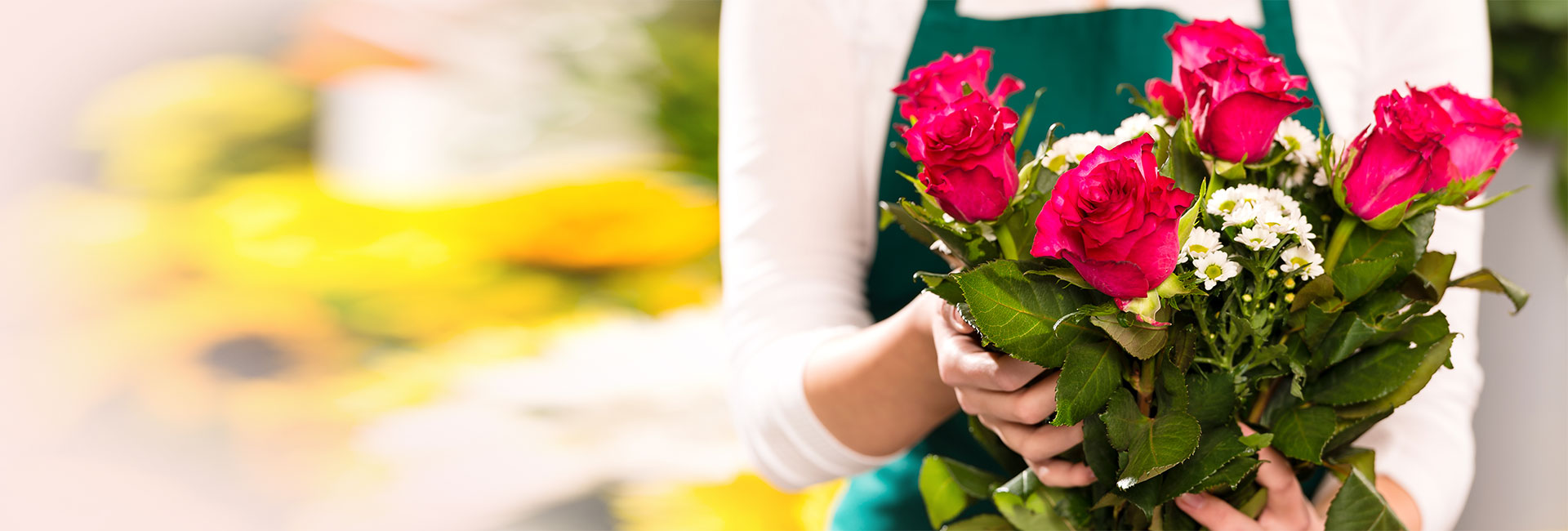 Turn An Ordinary Day Into Something Special With Personalized Floral Arrangements